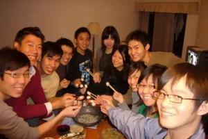 为什么留学生喜欢抱团:语言问题还是文化差异