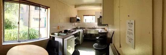 共用的厨房 我和Rob Ricky的故事也多发生在这里