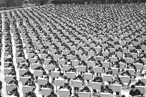 """国际班家长必读:英国小学已成""""考试工厂"""""""