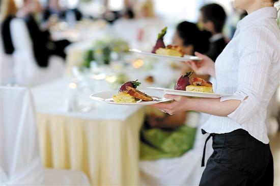 餐饮业成加国移民最受欢迎职业