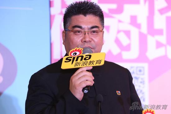 孔裔国际公学总校长孔令涛