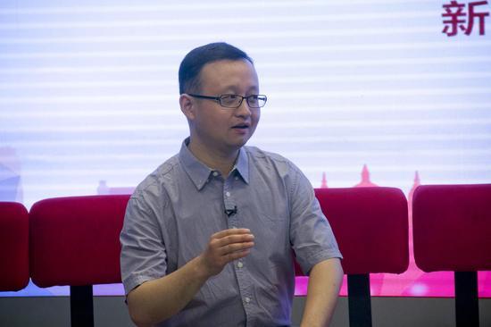 清华大学精密仪器系教授白本锋
