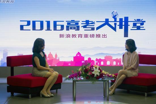 北京理工大学招办副主任尹力(左)