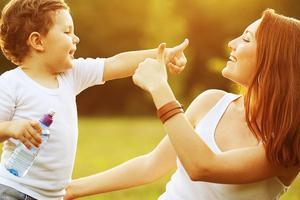 觉得别人家孩子最好 孩子给你发脾气是应该
