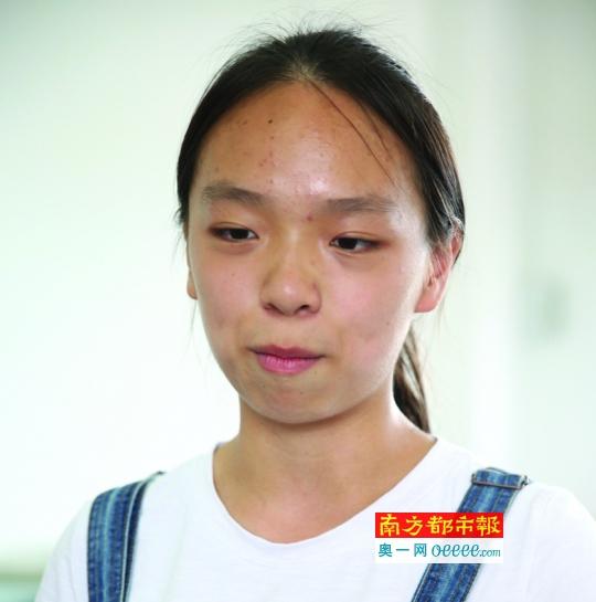 去年获全国物理竞赛金牌的朱佩欣今年高考成绩也得高分。