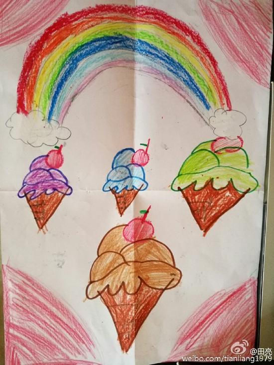 森碟为爸爸画冰激凌