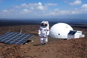 六名科学家成功模拟一年火星生活(双语)