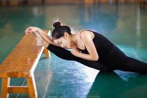 2017舞蹈艺考生注意 如何解决控制力的问题