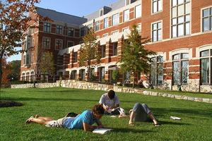 美国高中VS国际学校 作为家长该如何选择
