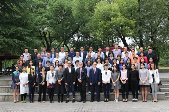 上海财经大学商学院国际MBA项目开学典礼合影