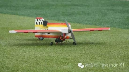 遥控特技模型飞机