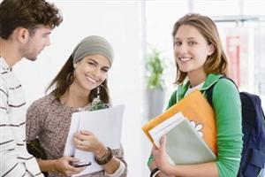 中国去年归国留学生40万 增速超出国留学生