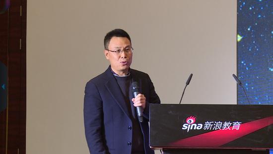 巧口英语CEO高培生在新浪2016中国教育盛典