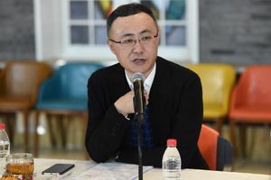 王长田:光线影业的员工年内平均再涨薪20%