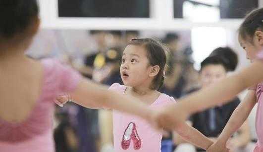 甜馨跳芭蕾