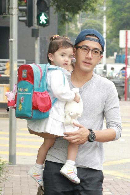 刘恺威与女儿小糯米