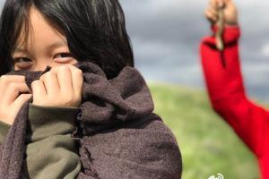 李亚鹏携爱女游旧金山 李嫣从小就读国际学校