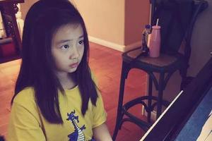 黄磊女儿多多才貌双全 从小就读国际学校