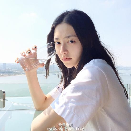 武大新任校花似张天爱 颜值秒杀黄灿灿