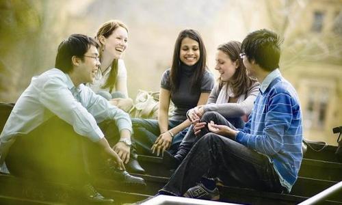 大一就开始找实习 现在的大学生集体焦虑?