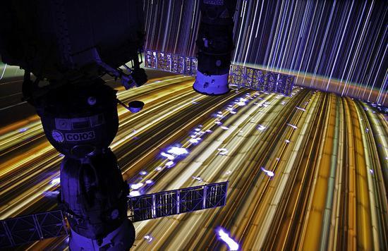 俄罗斯招聘奔月航天员 要求会说英语