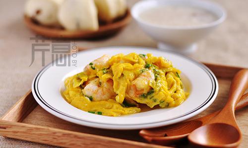 滑蛋虾仁:巧煮妇下厨必备的一道小菜
