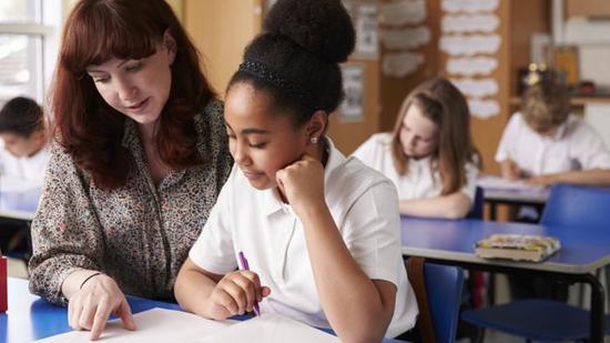 英国教师招募愈发k