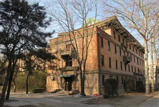 清华大学1-3号宿舍楼