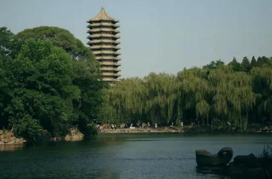未名湖燕园建筑群