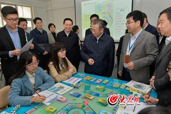 省委书记刘家义10日到山东财经大学调研党的建设和思想政治工作