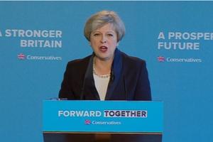 英国保守党承诺:将净移民数降至10万人