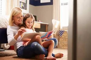 """孩子不爱阅读 看博士妈妈怎么培养""""小书虫"""""""