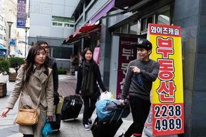 中国留学生的辛酸:在学校受歧视只能忍着