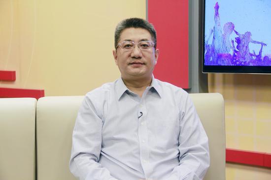 清华大学法学类的首席教授申卫星