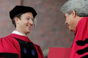 """""""美国生活太安逸"""" 哈佛留学生想回国工作"""