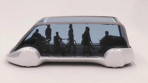 官网上的这多少张图片不任何描写。从图片下去看,这款电动车就像加了个玻璃罩的电动滑板,完整相符它在地道中穿行的身份。