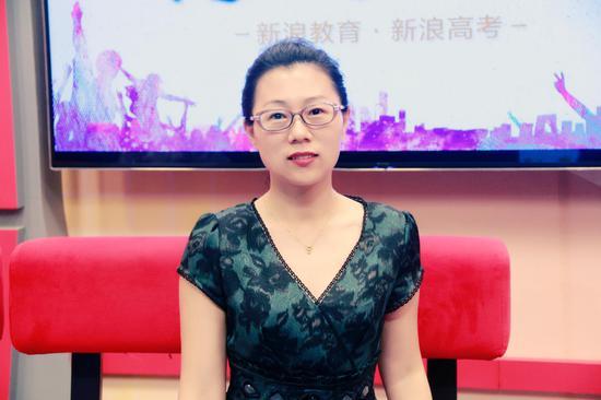哈尔滨工业大学招办主任邢朝霞老师