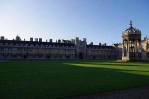 伦敦女留学生分享:打开真心与英国学生相处