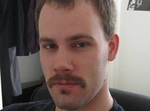 28岁的克里斯滕森,因涉嫌绑架章莹颖而被警方逮捕。(取自社交网站)