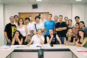 中西方教育各有千秋 国际教育道路该偏向哪方