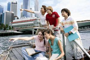 申请低龄留学途径多样 适合自己最重要