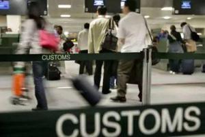 微信表情包惹祸 中国留学生赴澳刚下飞机即遭遣返