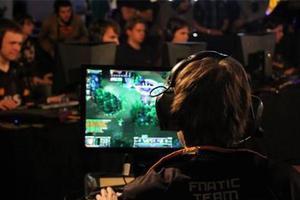 英国大学开设电竞硕士学位 在游戏中高效学习