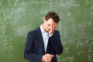 英国教师数量急剧下降 或将引发教育危机