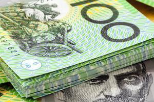 澳元持续大涨 海外背包客经济压力增大