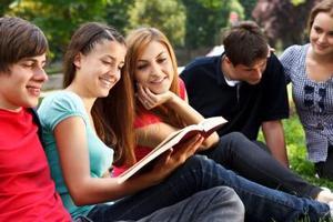 深度解析:美国高中生有考试升学压力吗