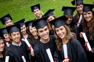 学生必读:美国高中四年我们应该怎样申请大学