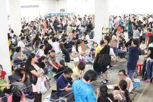 香港学生暑期补习热度不减 每课时收费上千港元