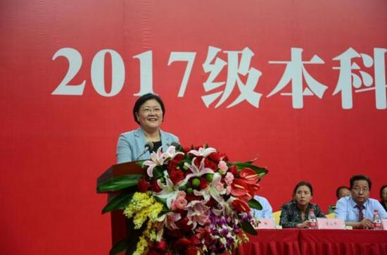 西安电子科技大学党委书记、校长郑晓静院士在开学典礼上的讲话。