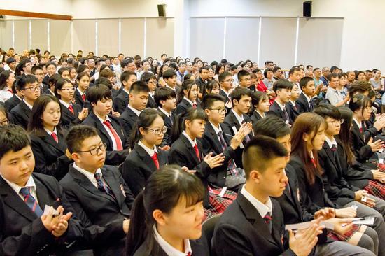 珠海德威国际高中新校长:做高中的自己|珠海德太胖最好了图片